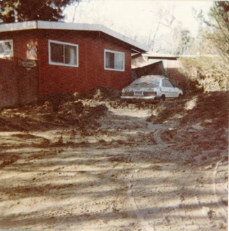 Felton Grove, mud on car after flooding
