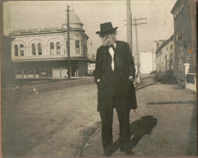 Where in the Heck is it? Circa 1900. Courtesy of MAH.