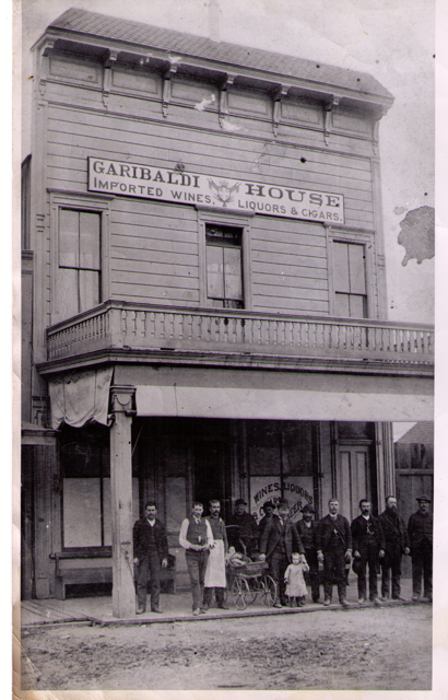 Girabaldi House in Santa Cruz, late 1800's. Courtesy of Jim Costella.