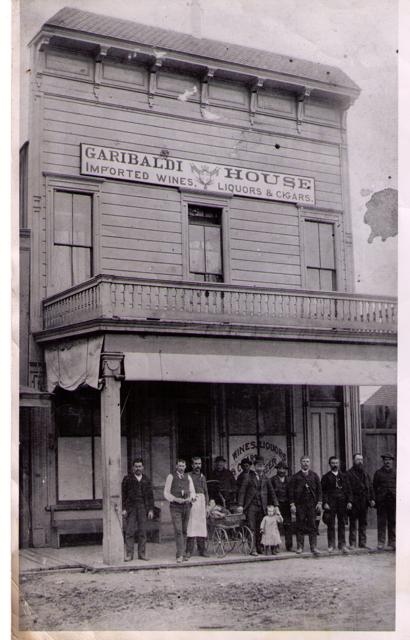 Girabaldi House in Santa Cruz, late 1800's. Courtesy of Jim Costella.